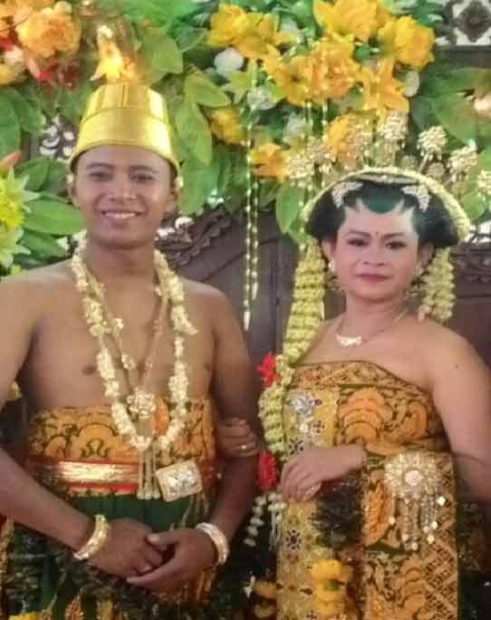 Pernikahan Staf PESTA