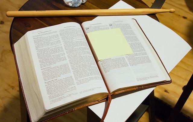 Gambar: Bible