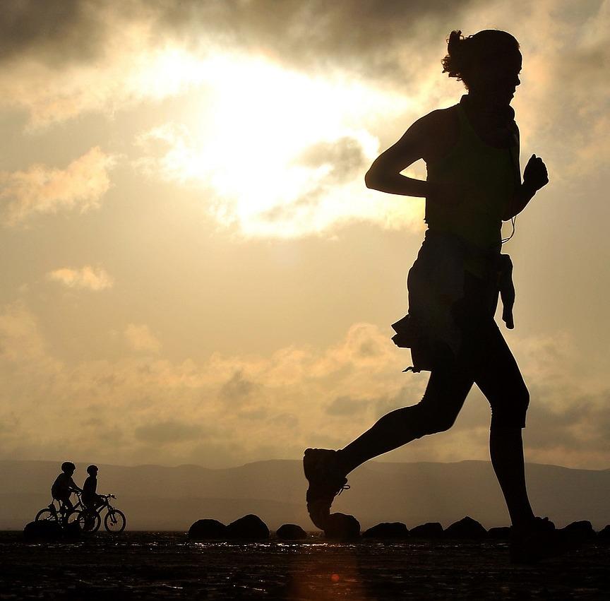 Gambar: Berlari