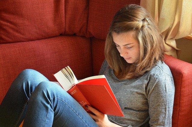 Gambar: Reading Book