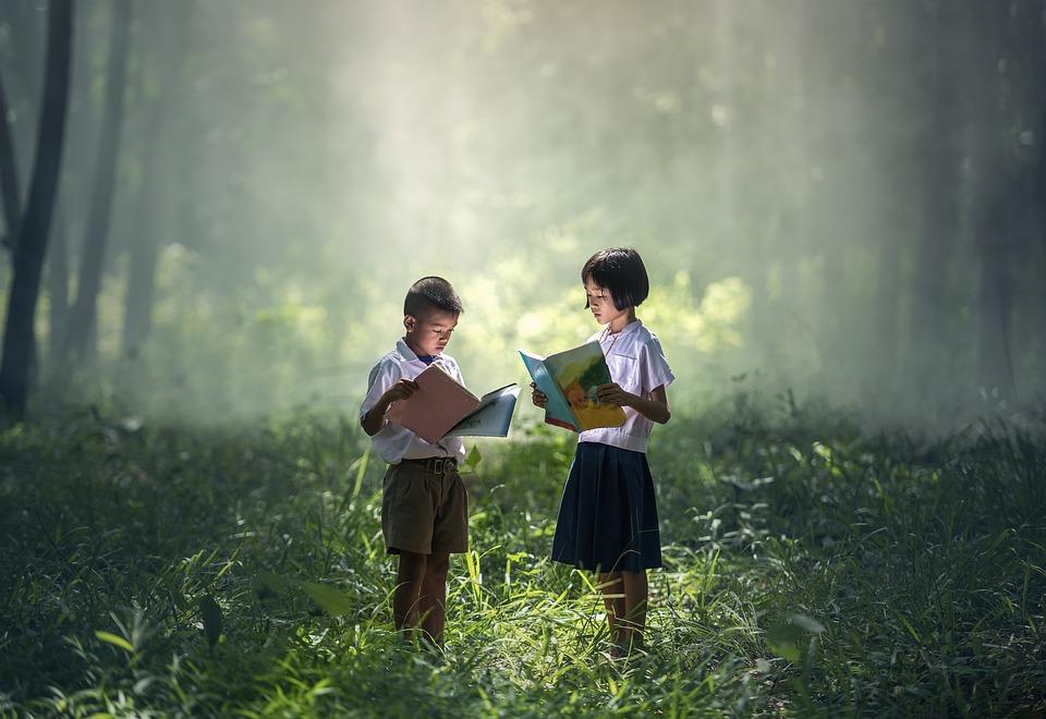 Anak-Anak Membaca