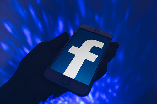 Internet Facebook