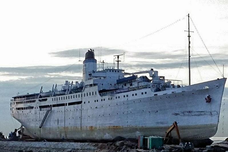 Gambar: Kapal Doulos