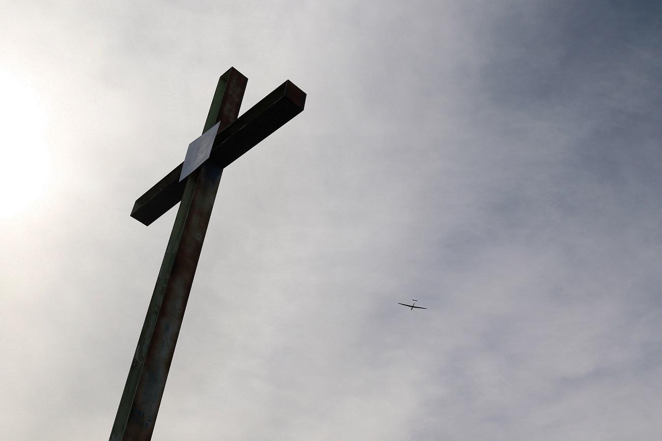 Gambar: memahami salib