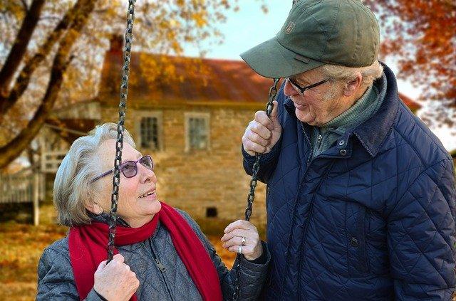 Cinta masa tua