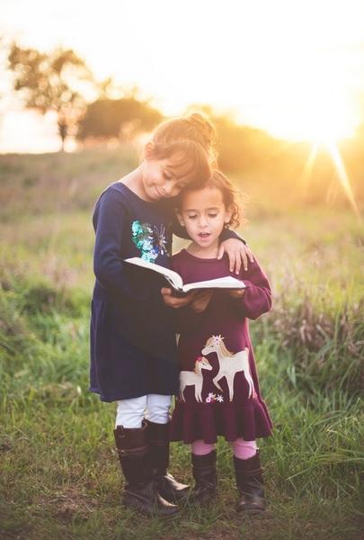 Gambar Mendidik Anak