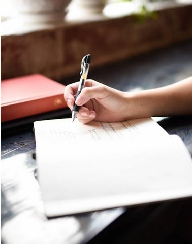 Gambar: Kebiasaan Menulis