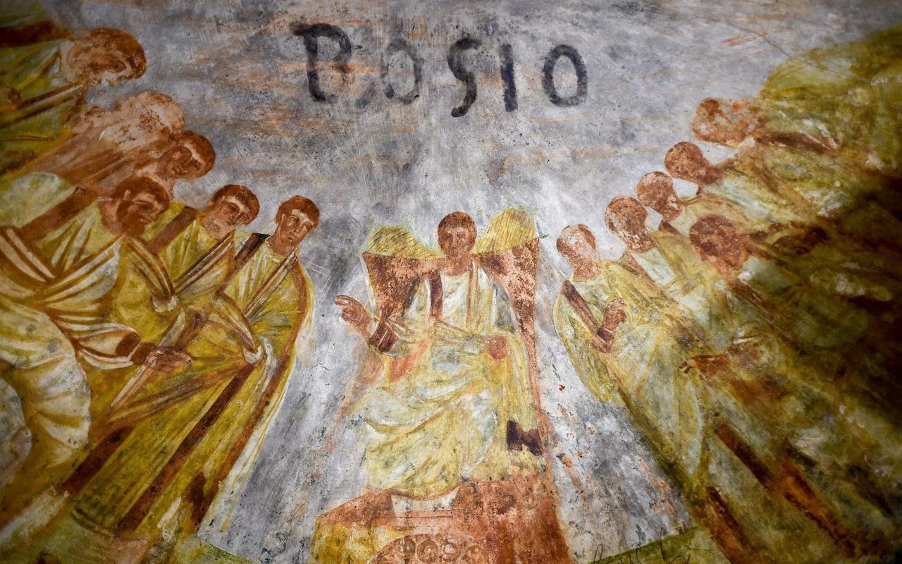 Gambar: Lukisan Dinding di Katakombe