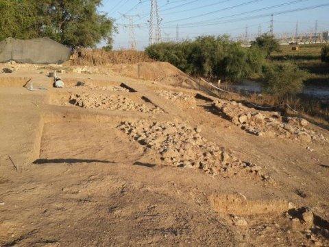 Gambar: Penemuan gerbang masuk benteng pertahanan kota kuno