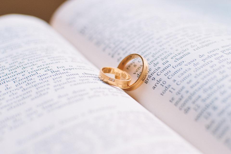Gambar: Cincin Pernikahan