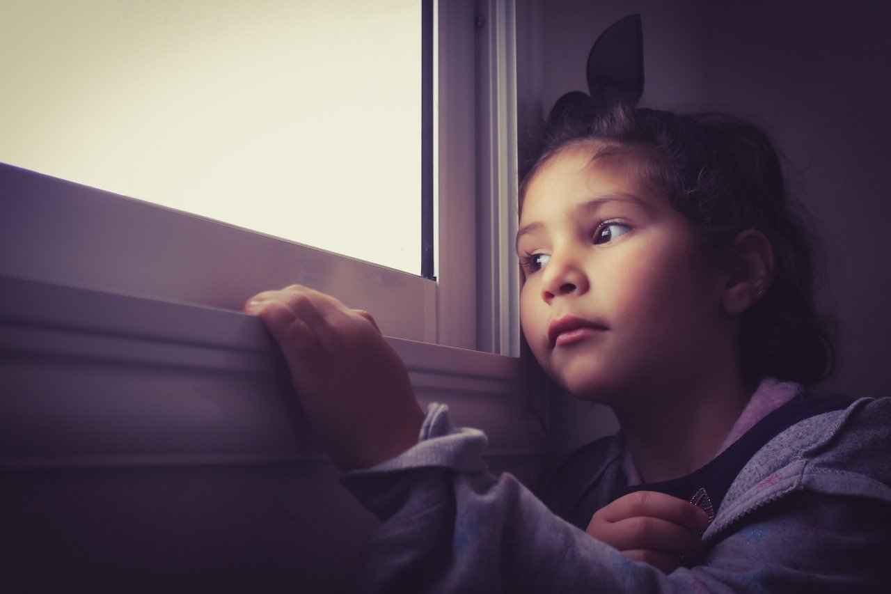 Mengungkap Risiko COVID-19 terhadap Anak-Anak